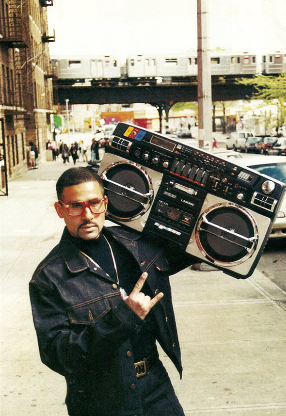 Vos derniers achats (vinyles, cds, digital, dvd...) - Page 4 Ghetto-blaster