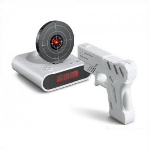 reveil pistolet laser
