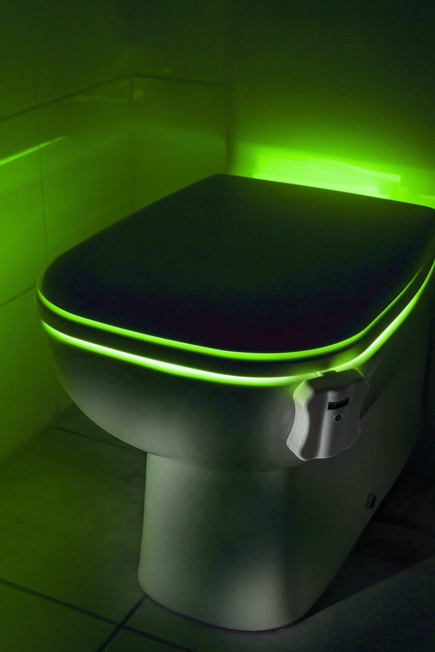 lumi re toilette wc 15 90 super insolite. Black Bedroom Furniture Sets. Home Design Ideas