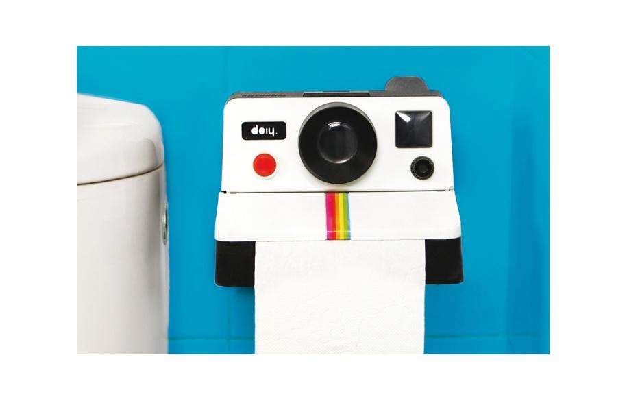 distributeur papier toilette polaroid9. Black Bedroom Furniture Sets. Home Design Ideas
