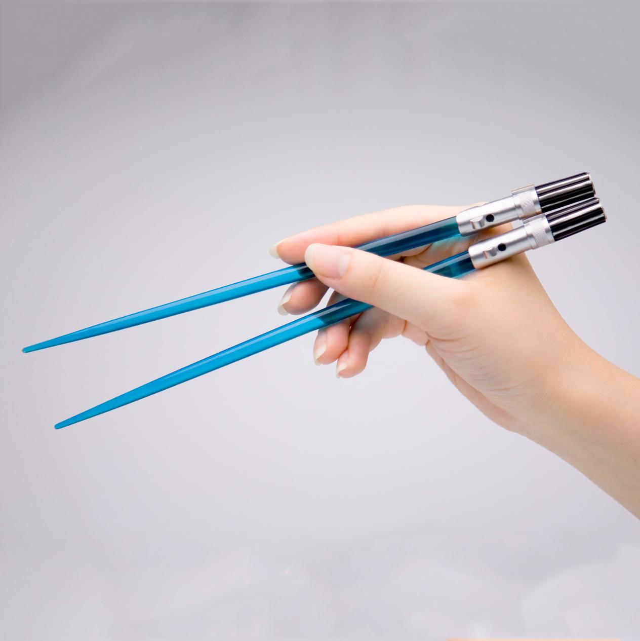 baguettes chinoises sabres lasers star wars super insolite. Black Bedroom Furniture Sets. Home Design Ideas