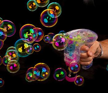 pistolet à bulles lumineux