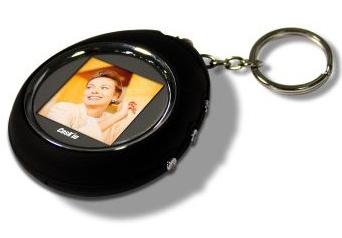 Porte cl num rique ovale noir super insolite - Porte cle photo numerique ...