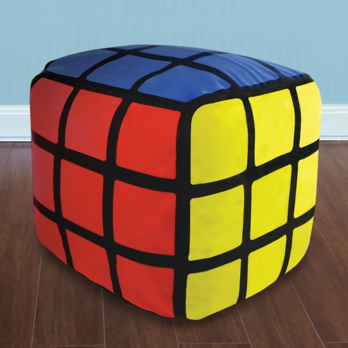 pouf rubik 39 s cube gonflable d co geek super insolite. Black Bedroom Furniture Sets. Home Design Ideas