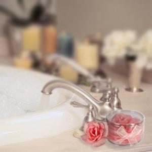 savon p tales de rose une rose pour le bain super insolite. Black Bedroom Furniture Sets. Home Design Ideas