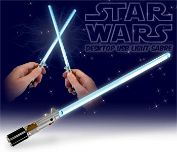 sabre laser usb star wars lampe de bureau sabre laser guerre des etoiles super insolite. Black Bedroom Furniture Sets. Home Design Ideas
