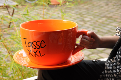 tasse g ante xxl tasse jumbo insolite vaisselle xxl super insolite. Black Bedroom Furniture Sets. Home Design Ideas