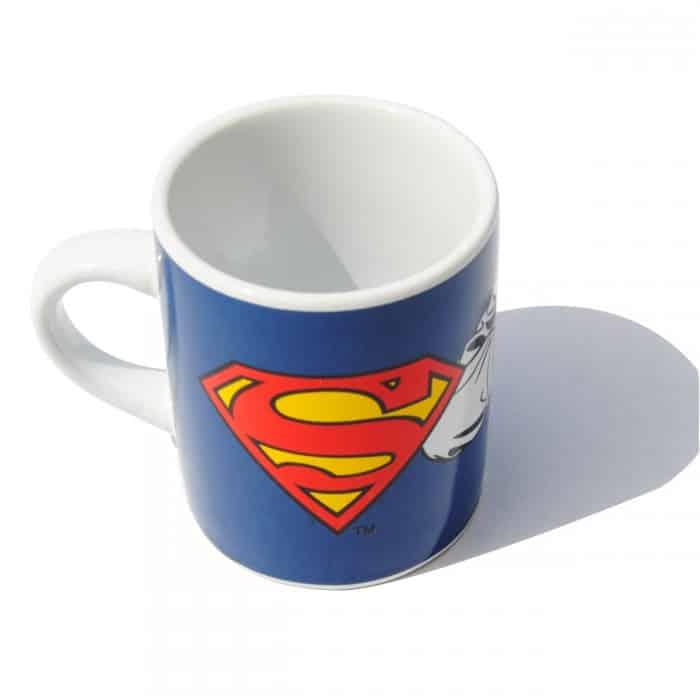 tasse expresso superman super insolite. Black Bedroom Furniture Sets. Home Design Ideas