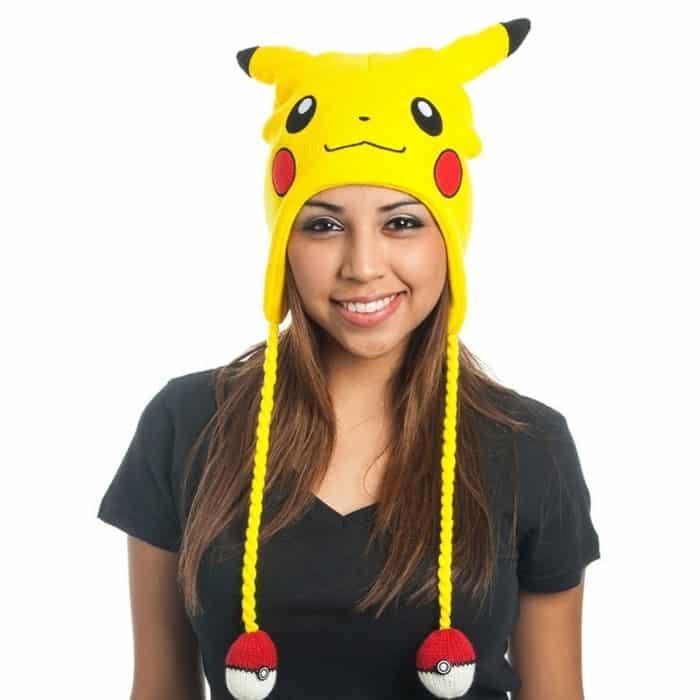 bonnet pokémon pompon s pokéball