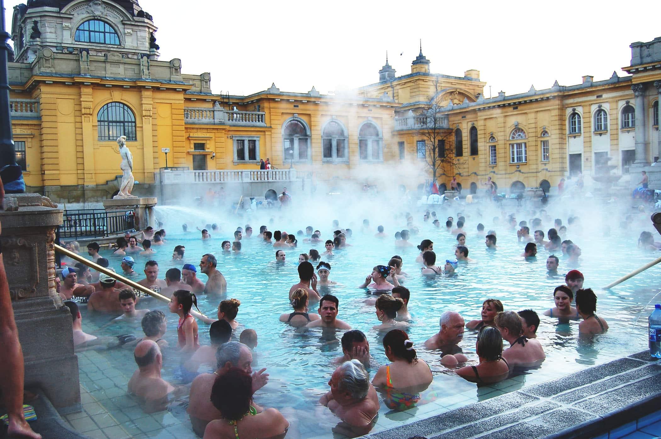 bains-budapest