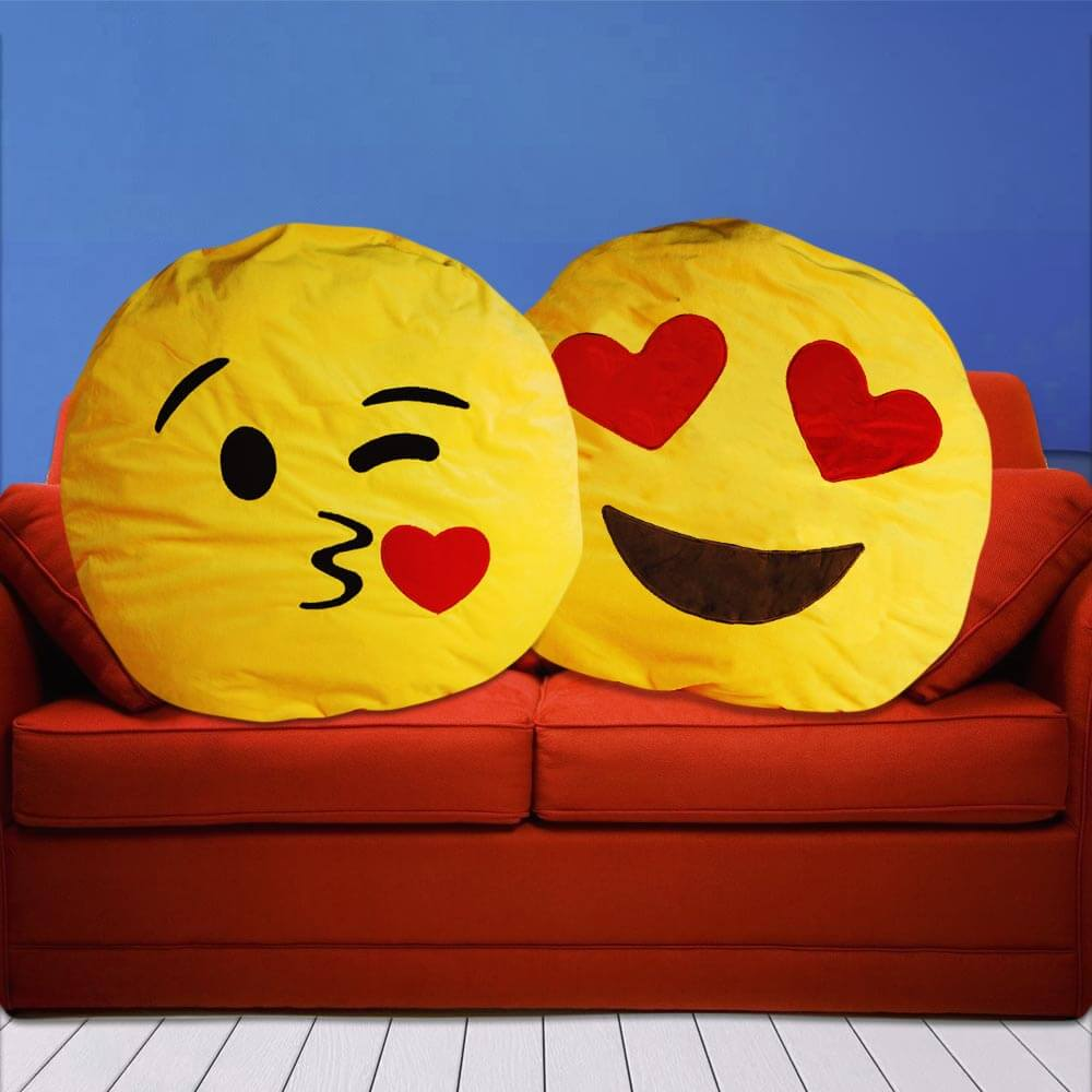 coussin emoticone geant