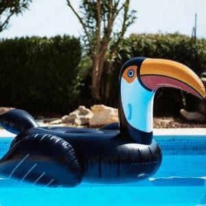 bouée géante flottante pélican
