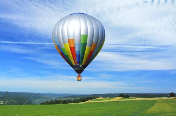 cadeau vol en montgolfière