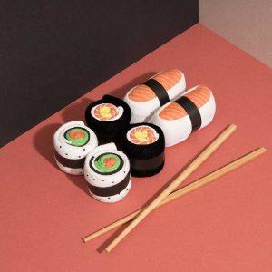 chaussettes sushi et maki saumon