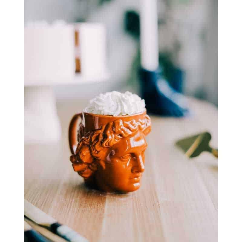 mug statue romaine