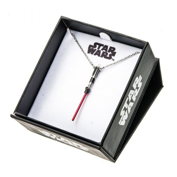 chainette et pendentif sabre laser Star Wars