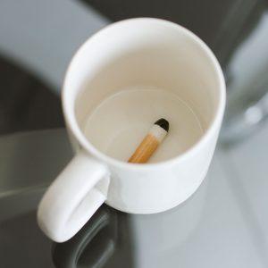 mug cigarette