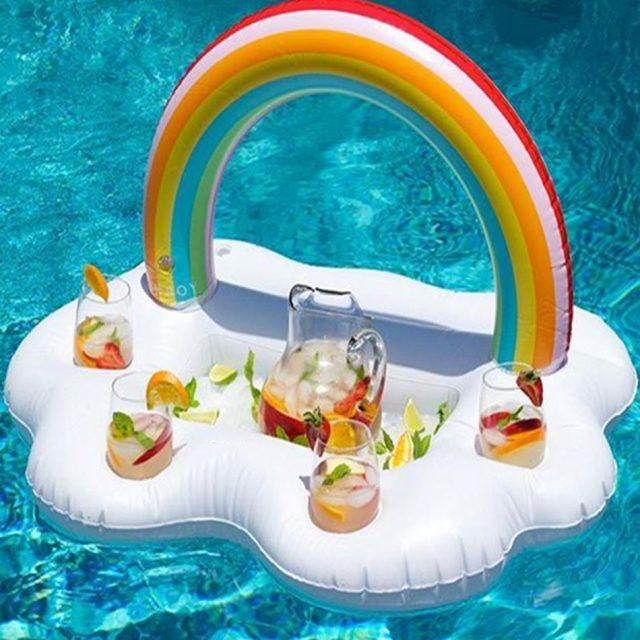 bar gonflable nuage arc-en-ciel piscine