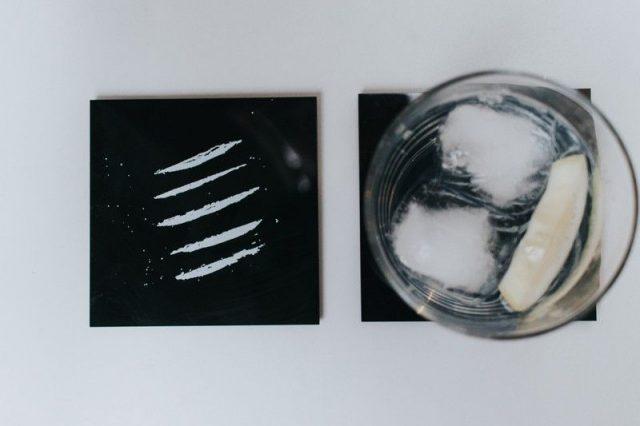 sous-verre cocaine