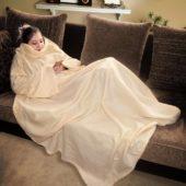 couverture à manche beige