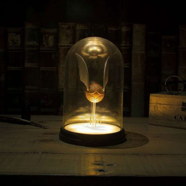lampe dome vif d'or
