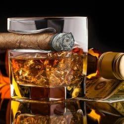 verre whisky porte cigare